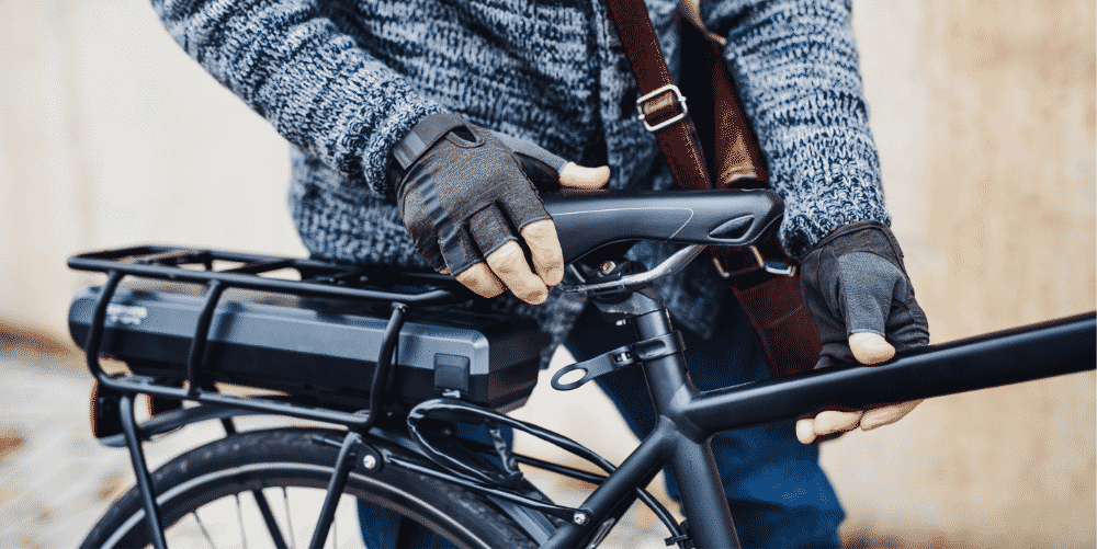 Alle Infos zur Helm-, Führerschein und Versicherungspflicht bei E-Bikes und Pedelecs